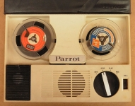 magnetofon_parrot_rsr423c_02